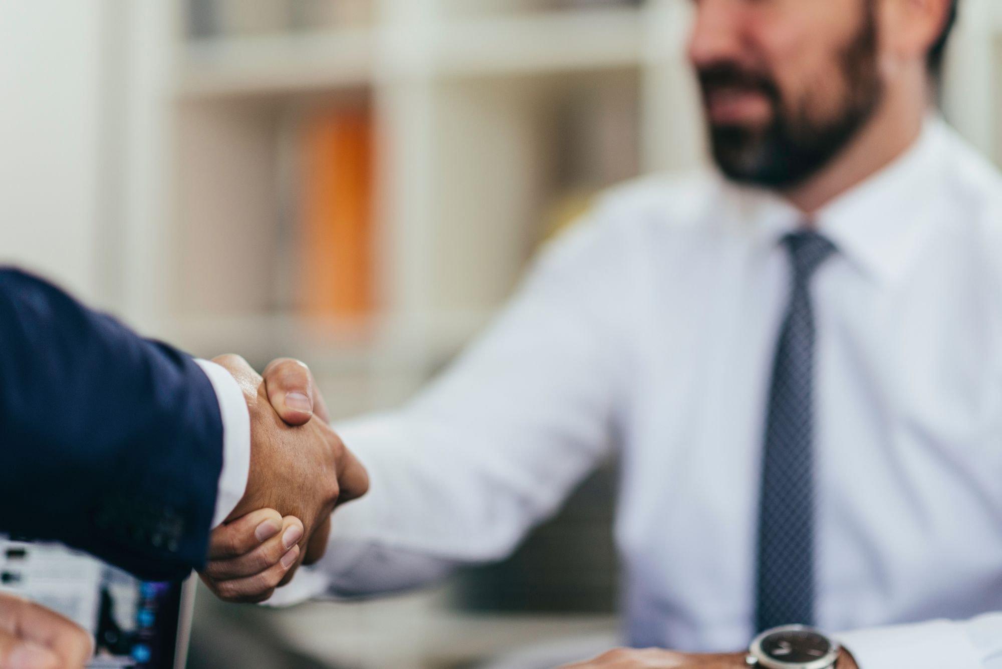 Channel Partner: força de vendas própria x representante comercial